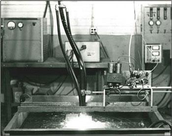 Первая машина плазменной резки